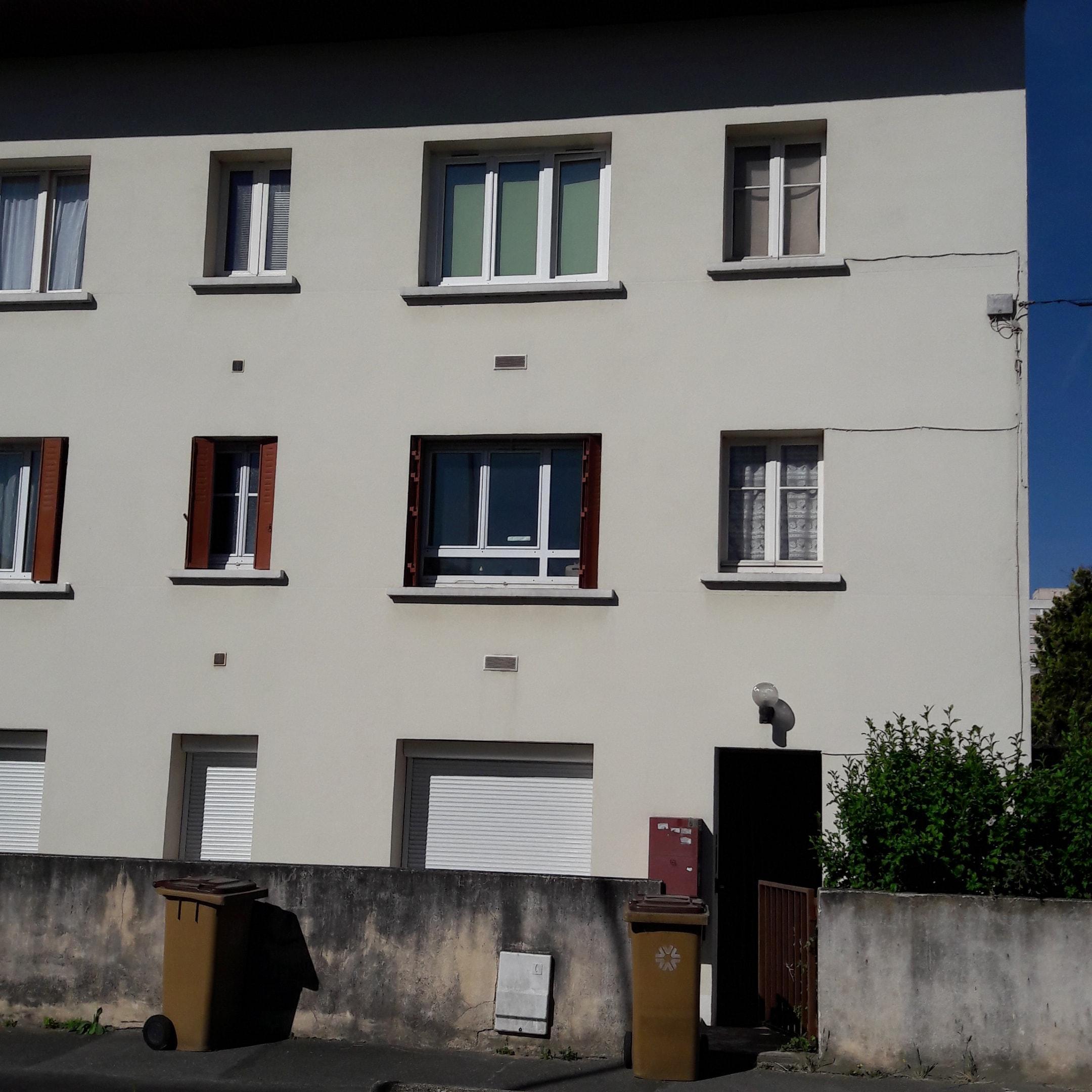 Rue Des Blancs